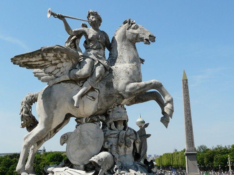 Statue entr e occidentale du jardin des tuileries centerblog - Statues jardin des tuileries ...